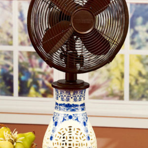 Ceramic Light Up Asian Decorative Fan and Lamp